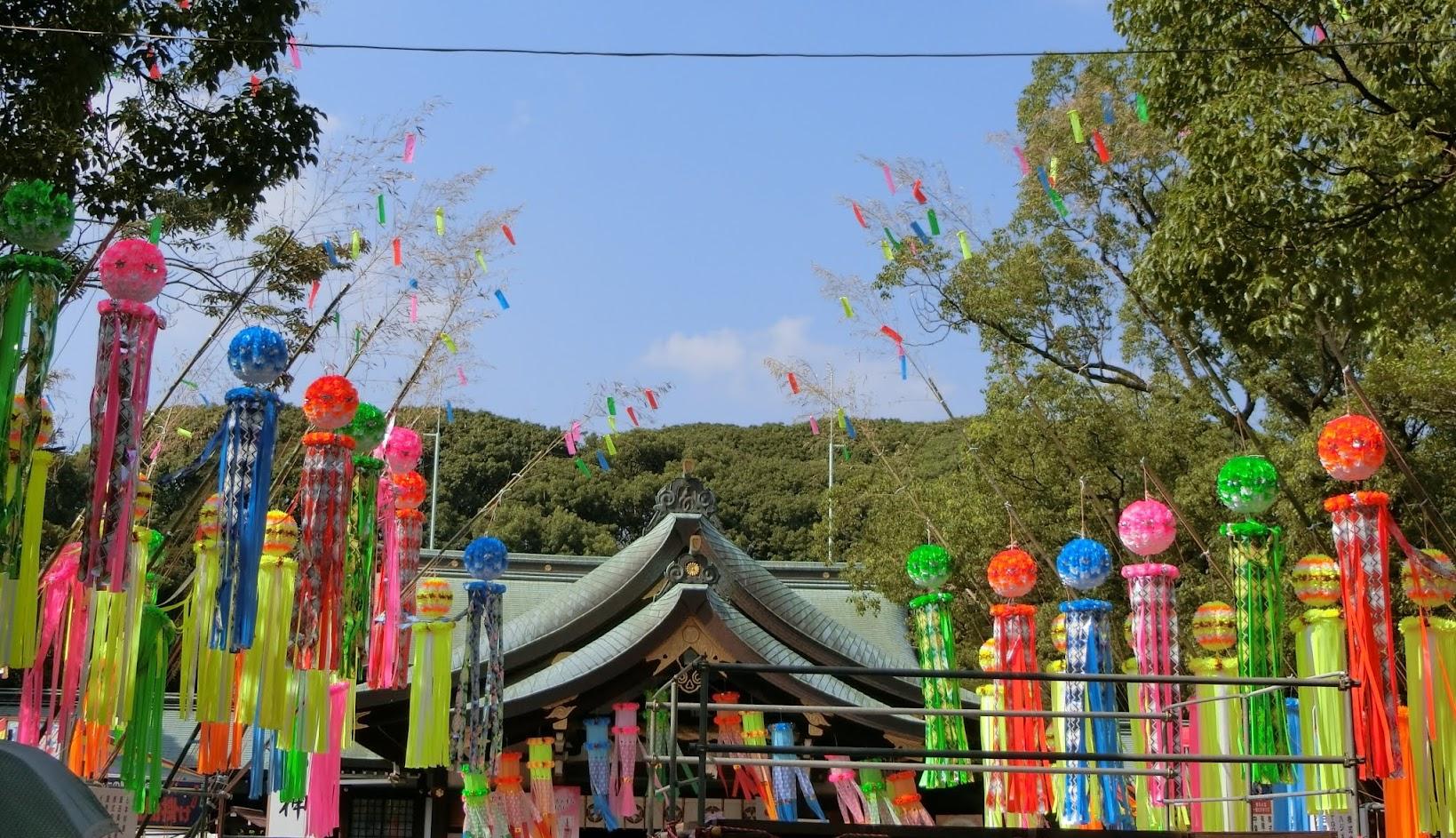 真清田神社本殿の七夕飾り