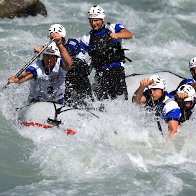 Rafting by Alexis Courthoud - Sports & Fitness Watersports ( water, vda, sport, rafting, canoa )