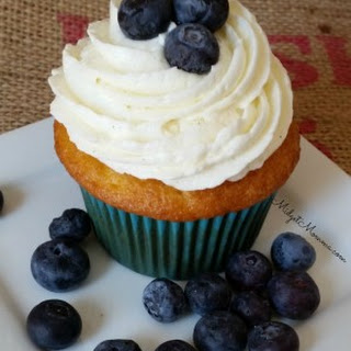 Blueberry Cupcakes (Made with Fresh Blueberries)