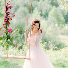 Wedding photographer Snezhana Vorobey (SnezKoVa). Photo of 12.03.2018