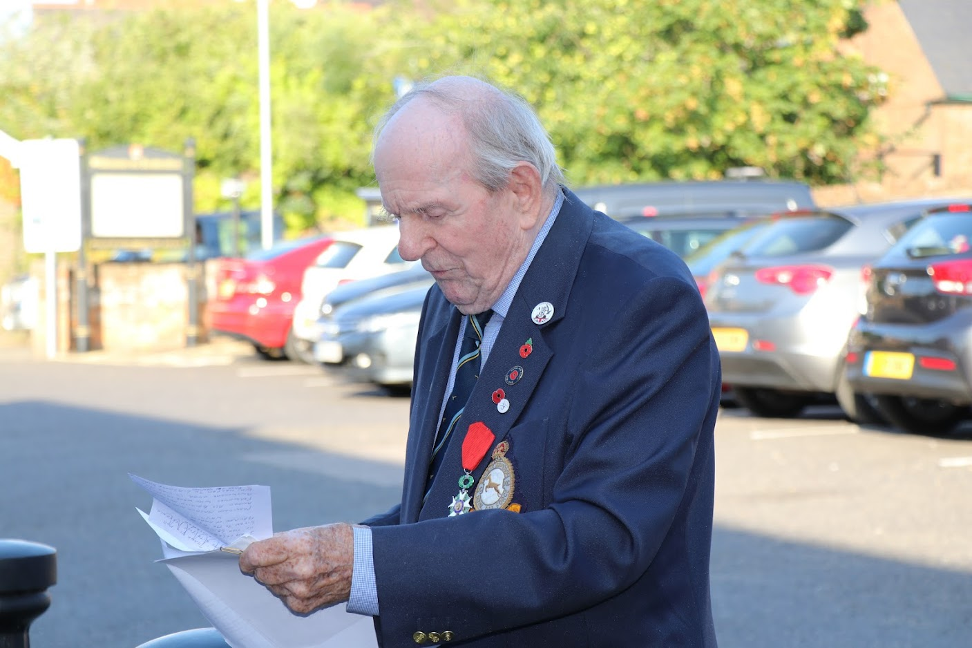 Colin Deverell DFM awarded Legion d'Honneur British Legion Tenterden