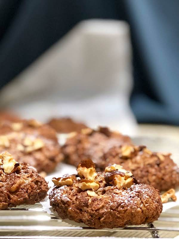 These Cookies Contain Super Healthy Wholefood Ingredients Like Rye And Barley Flakes, Coconut Blossom Nectar. They Are Healthy And Super Delicious.