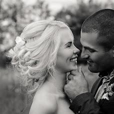 Wedding photographer Kseniya Kazanceva (Ksuspb). Photo of 31.10.2017