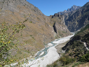 Photo: As the climb starts , the brilliant beauty of the valley unfolds. Dhauliganga river cutting through the rugged terrain