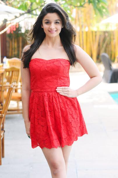 Alia Bhatt hot legs, Alia Bhatt in short dress, Alia Bhatt hot in red