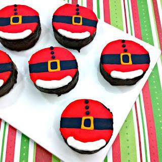 Mini Santa Belly Cakes.