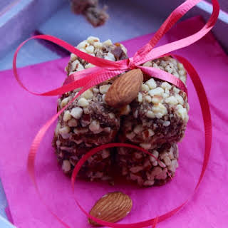 Date-Almonds Sugar-free Rolls.
