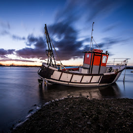 Hero of the seas by Alex Pruteanu - Transportation Boats ( clouds, water, nobody, reflection, bosham, harbour, lake, transportation, coast, england, chichester, sky, sailing, sussex, sunset, tide, summer, sail, fishing, low, west )