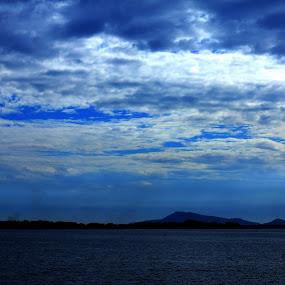 Dau Tieng lake, Tay Ninh Vietnam by Nguyen Huu Hung - Landscapes Cloud Formations