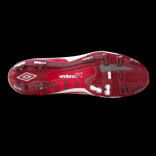 Photo: Umbro St George Collection GT 2 Pro