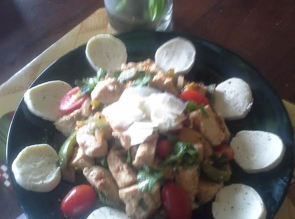 Mertzie's Simple Salad Chicken Caprese Style