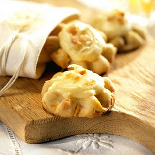 Orange and Macadamia Nut Cookies