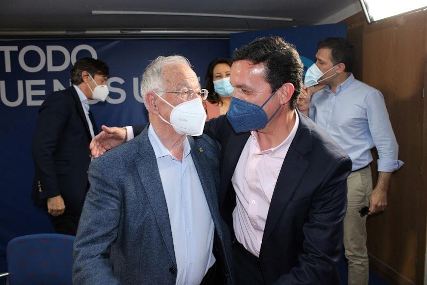 Gabriel Amat y Javier Aureliano García.