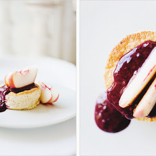GINGER CAKES WITH WHITE PEACHES + BLACKBERRY COULIS // Makes 4 Small Cakes