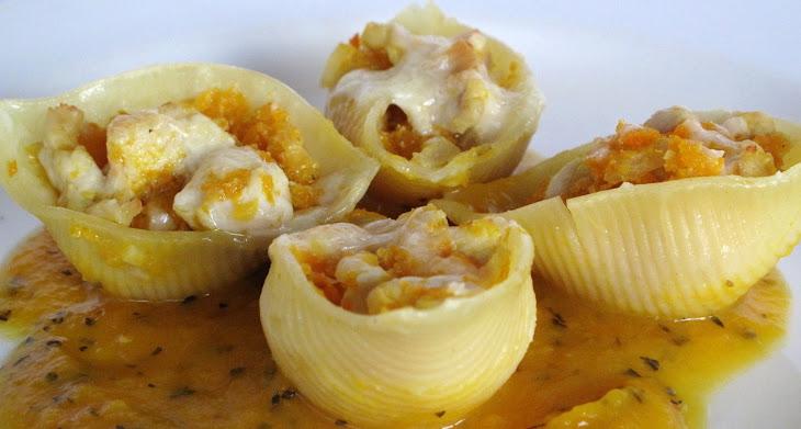 Conchiglione Stuffed with Chicken Recipe