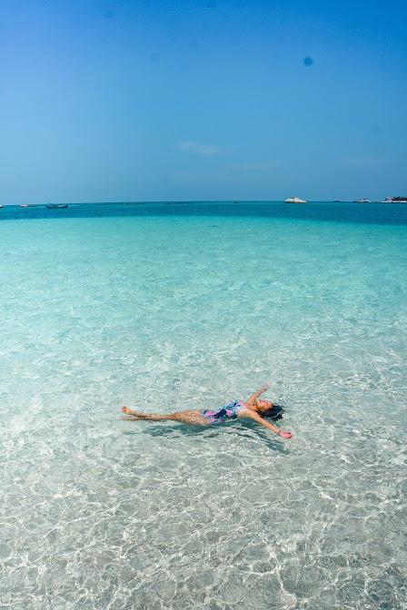 Pulau pasir atau pulau gosong belitung