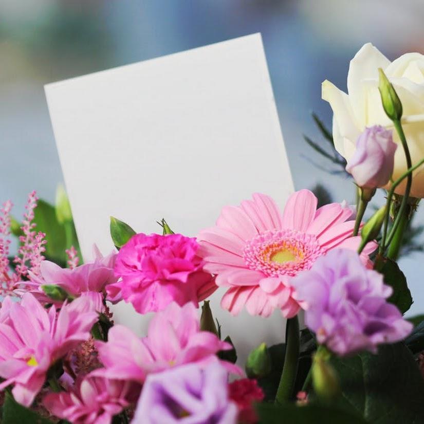 Envío de flores: claves para escribir una bonita dedicatoria