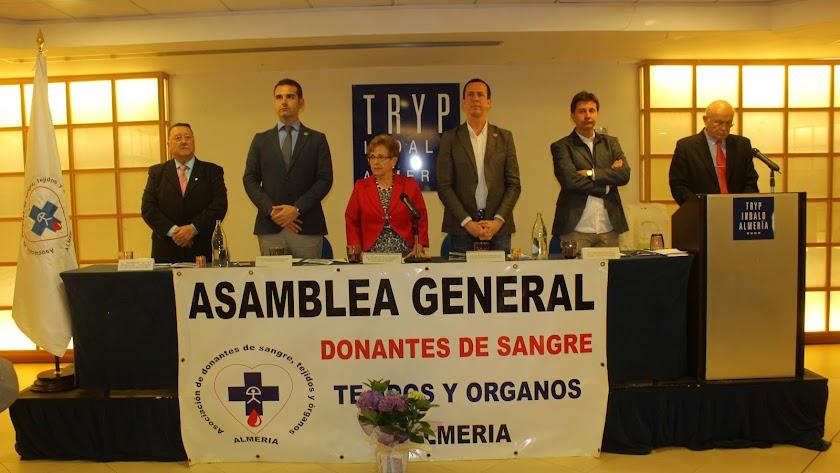 Escudo de Oro de Almería a tres Donantes en su XXXV Asamblea