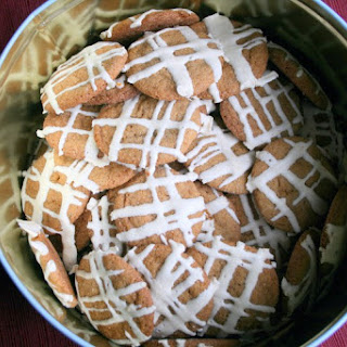 Double Ginger Ginger Snap with Cream Cheese Icing