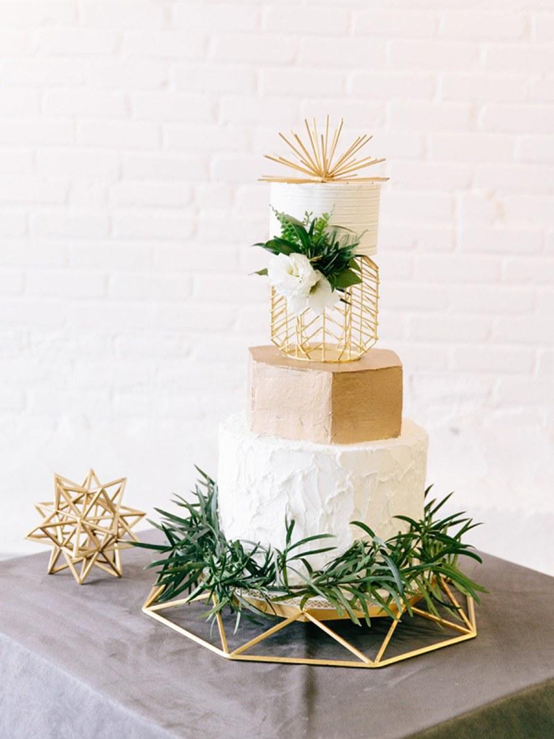 geometric wedding cake 2