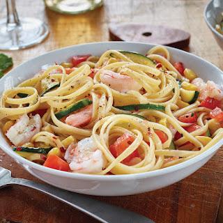 Linguine with Shrimp, Zucchini and Corn