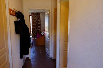 Photo: Couloir d'un des appartements de la résidence le Clos des Fontaneilles
