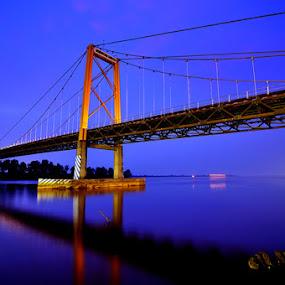 Reflection by Esron Panjaitan - Buildings & Architecture Bridges & Suspended Structures