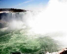 Photo: Niagara falls(Canadian)