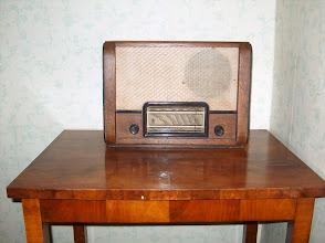 Photo: Zabytkowe radio w Muzeum Powstania Warszawskiego w Warszawie.