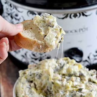 Slow Cooker Sausage, Spinach, and Artichoke Dip