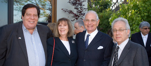 Photo: David Cooper, Lois Littman, Marty Cann, and Ira Handelman. © Tom Neerken Photography