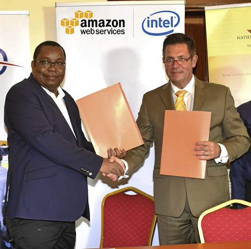 Director General of National Museum of Kenya Mzalendo Kibunjia, left, and President of Digital Data Divide Frank Heitmann, right. Picture: SUPPLIED