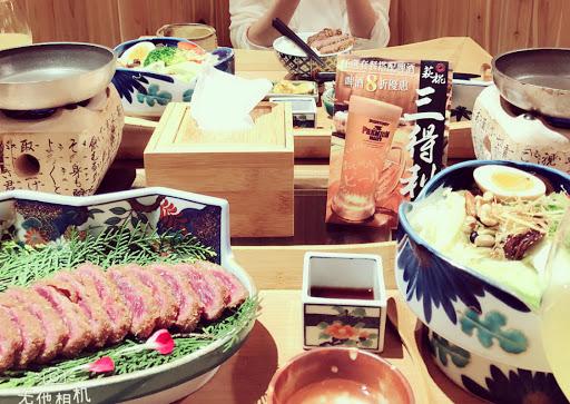 已造訪四次,炸牛排真的有對我的胃, 裝潢整個日式,很喜歡