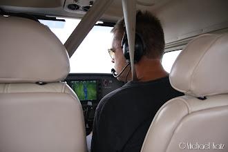 Photo: Anders er behjelpelig som annenpilot.