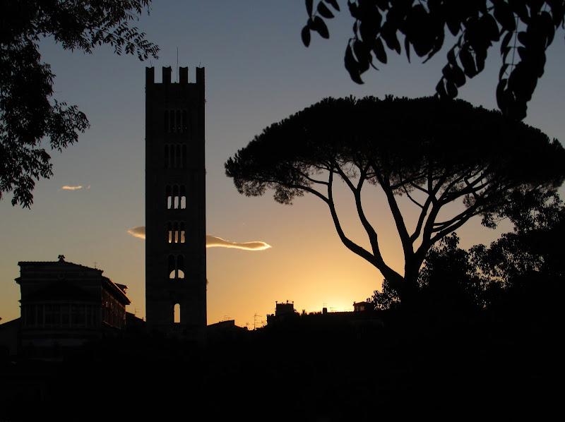 La nuvoletta saluta il nuovo giorno di Giorgio Lucca