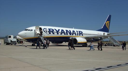 Turistas de Manchester 'reabren' este jueves el aeropuerto de Almería