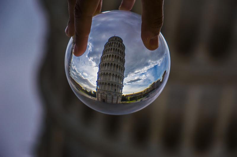 Torre Pendente... Da un'altra prospettiva di 233404