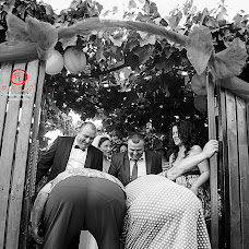 Wedding photographer Florin Petre (fotolife). Photo of 21.02.2016