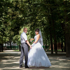 Wedding photographer Arina Elizarova (Linusik). Photo of 18.08.2013