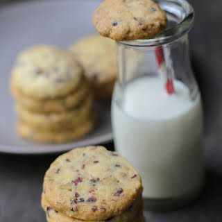 Cranberries and Walnut Cookies.