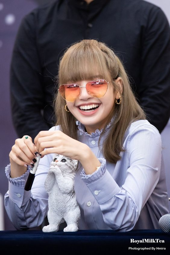 lisa glasses 27