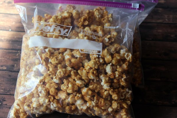 Caramel popcorn in a resealable bag.