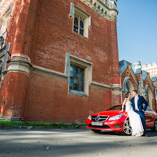 Wedding photographer Evgeniy Romanov (POMAHOB). Photo of 06.10.2018