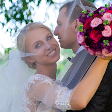 Wedding photographer Vika Sterkhova (Sterkhova). Photo of 30.03.2015