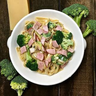 Easy Broccoli Fettuccine Alfredo