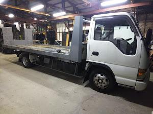 エルフトラック 積載車 極東フラトップのカスタム事例画像 ホイールカスタムファクトリーKz  金沢市さんの2020年10月27日20:50の投稿