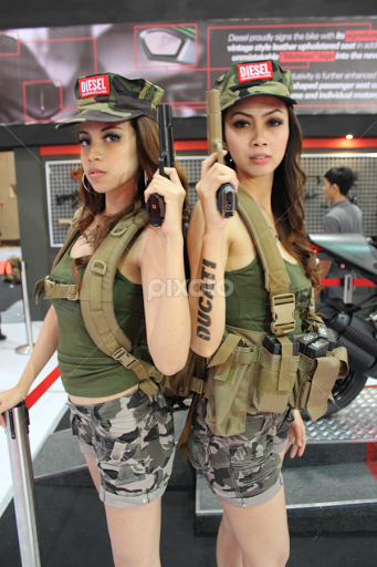 Pretty girls in the army