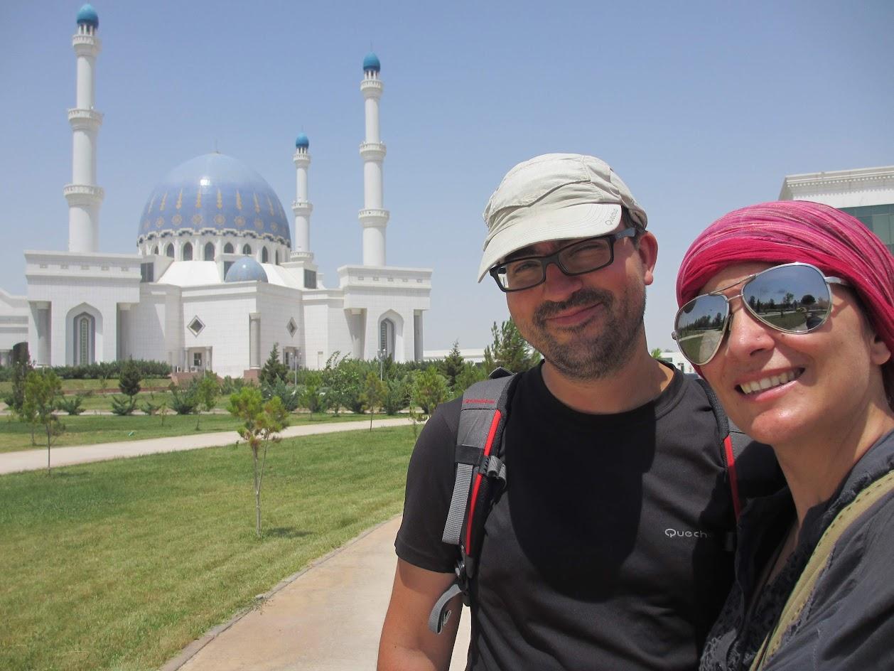 Aventuras no TURQUEMENISTÃO - Rir ou chorar no Turquemenistão? – Parte 2