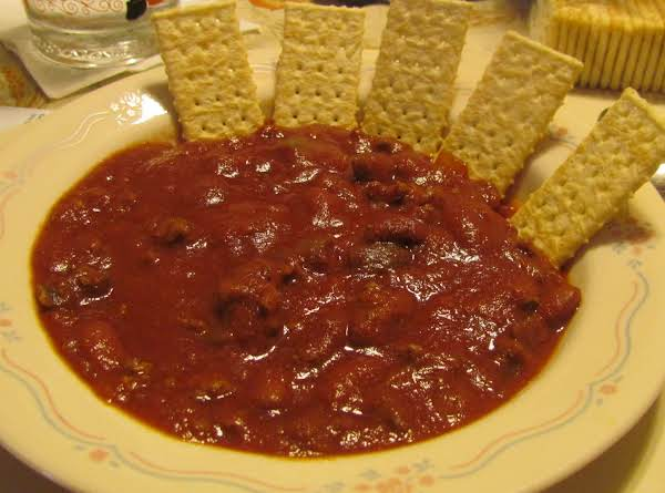 I Had My Bowl Of Chili With Crackers. Love Salty Crackers With Chili!