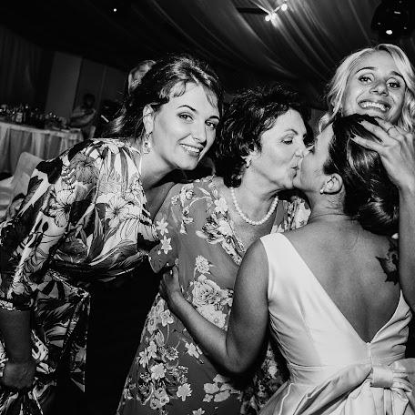 Wedding photographer Anton Varsoba (Antonvarsoba). Photo of 02.02.2018